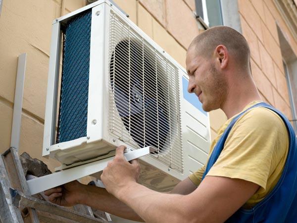 Installazione-climatizzatori-economici-modena