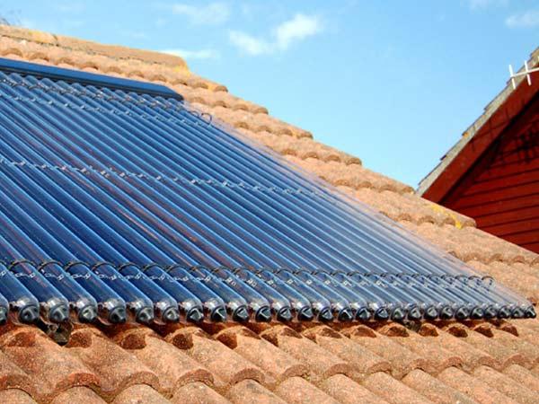 Pannelli-per-solare-termico-sassuolo